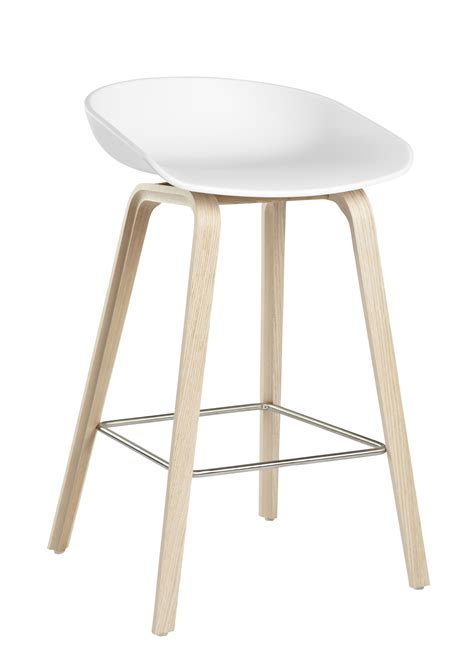 tabouret de bar about a stool aas 32 h 65 cm plastique pieds bois blanc pieds bois