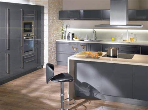 idee faience cuisine blanc sol gris chaios