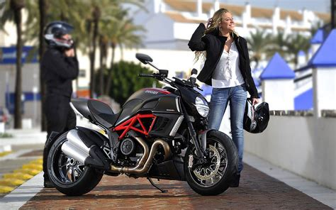 Girls & Motorcycles Wallpaper and Background   1440x900   ID:184411