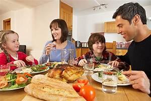 Warmhaltebox Für Essen : 10 rituale f r kinder beim essen bilder ~ Markanthonyermac.com Haus und Dekorationen