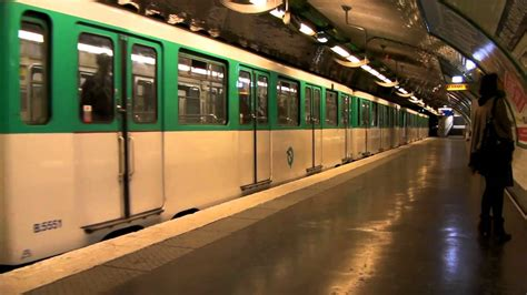 metro 4 porte de clignancourt