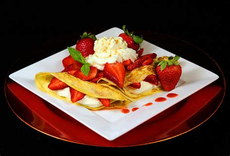 dessert crepes with strawberry filling recipegreat