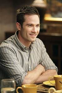17 Best images about Luke MacFarlane on Pinterest ...