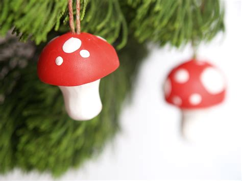 Diy Toadstool Christmas Ornaments Bar Decor For Home Christmas Decoration At 1930s Decorating Ideas Bliss Shabby Chic Sale And Garden Decorations Easy Projects