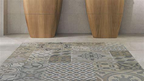 parquet salle de bain gris clair id 233 es de d 233 coration et de mobilier pour la conception de la