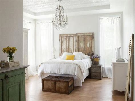 Today's New Cottage Style  Decorating Your Small Space
