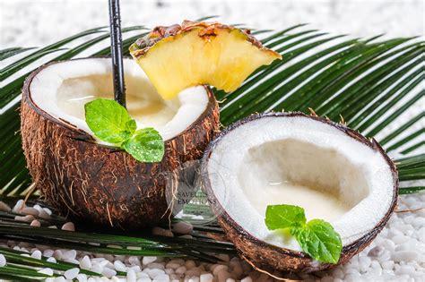 cl 244 t op 233 ration playa mets du soleil et de la noix de coco dans ta vie dans le placard de