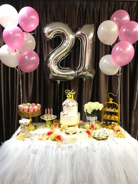 Table Decoration Ideas For 21st Birthday Party