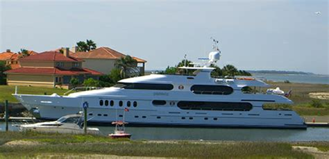 Tige Boats Wikipedia by Tiger Woods Inside His Amazing Us 20 000 000 Yacht Privacy