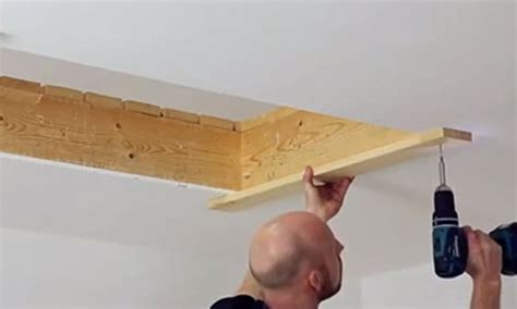 comment installer un escalier escamotable en bois parlonsdecoparlons d 233 co
