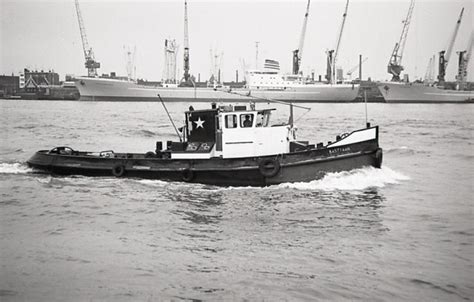 Sleepboot In Dutch by 8 Best Tug Boats Images On Pinterest Dutch Netherlands