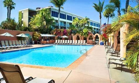 Catamaran Resort San Diego Breakfast by Catamaran Or Bahia Resort Hotels Groupon