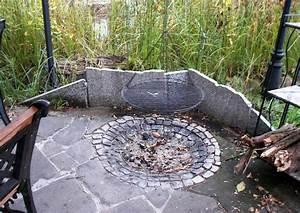Badeteich Im Garten : schwimmteich mit insel und grillplatz ~ Markanthonyermac.com Haus und Dekorationen