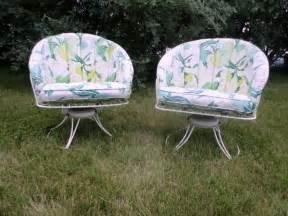 2 mid century modern homecrest vintage lawn patio wire metal swivel chairs homecrest vintage