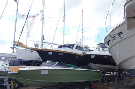Buy A Boat Online by How To Sell A Boat With An Online Classified Ad Boats