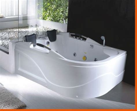 jetted bathtubs for two 2 person tub person jetted bathtub hya 016l best for
