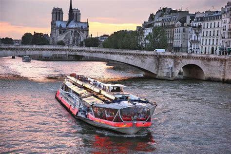 Bateau Mouche Quai De La Rapée by Bateaux Parisiens Bateaux Mouches Vedettes De Paris