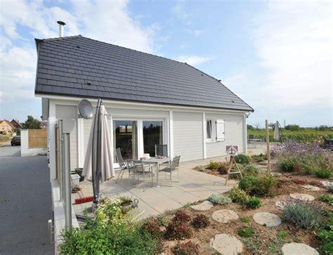 bardage maison moderne bardage faade maison agrandir maison moderne toit terrasse maison