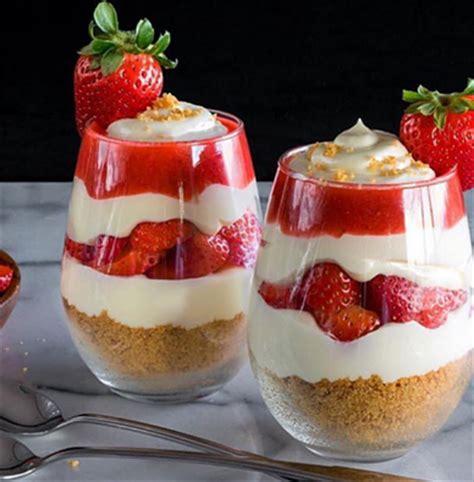 dessert l 233 ger et rapide d 233 couvrez le parfait 224 la fraise 192 voir