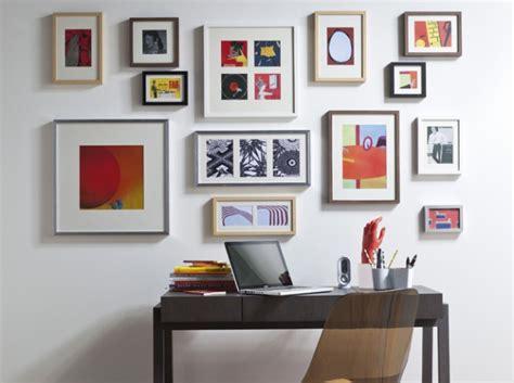 много картин на одной стене интересные идеи shedesign ru