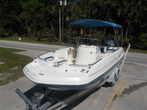 Hurricane Fun Deck Boats Used by Hurricane Sd 231 Fun Deck 2006 For Sale For 22 900