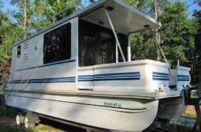 Catamaran Trailers For Sale Craigslist by Sling Of L Il Hobo Houseboats That Are Trailerable We