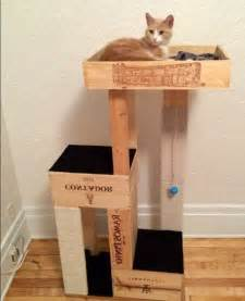 les 25 meilleures id 233 es de la cat 233 gorie fabriquer arbre a chat sur griffoir pour