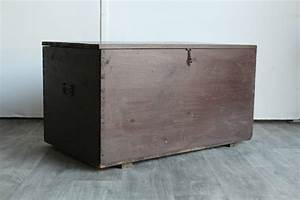 Couchtisch Truhe Holz : truhe massiv alt unikat handarbeit couchtisch schatz kiste holz industrie ~ Markanthonyermac.com Haus und Dekorationen