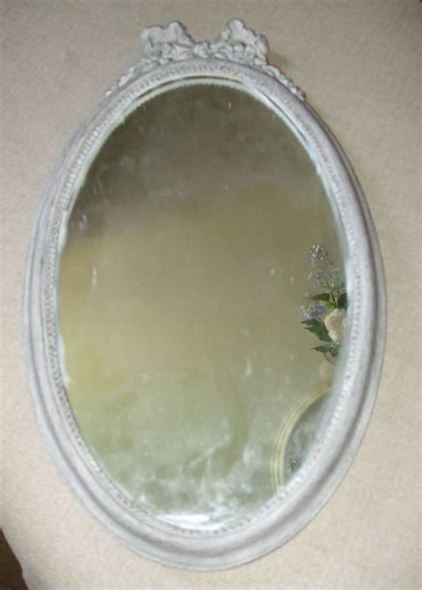 petit miroir ovale ancien patin 233 gris perle vendu photo de les miroirs la mandragore et le