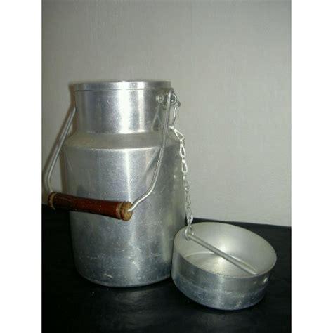 pot 224 lait en aluminium tournus unis brocante lestrouvaillesdecaroline