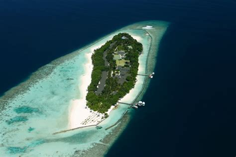 are the maldives sinking