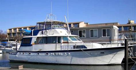 Living On A Boat Washington Dc by Water Living Three Liveaboards For Sale At Gangplank Marina