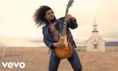 """november Rain"" De Guns N' Roses Hace Historia En Youtube"