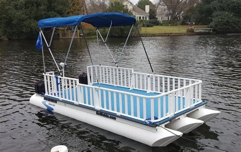 Wake Boat With Cabin by 1000 Images About Cabin On Pinterest Pontoon Boats