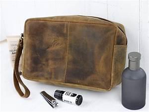 Men's Leather Wash Bag - Travel Accessories - Scaramanga