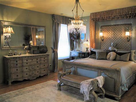 10 Romantic Bedrooms We Love