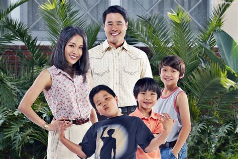 Fresh Off The Boat Season 1 Fmovies by Review Fresh Off The Boat Episodes 1 2 I Am Your