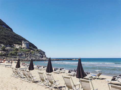 Seaside Towns & Beaches Near Rome