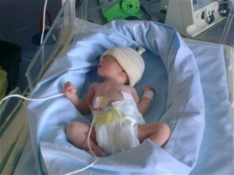 ma fille 5h apr 232 s sa naissance le 8 09 2009 ka 235 lys ma fille