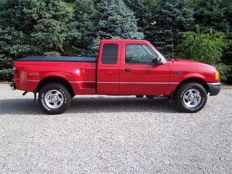 sell used 2001 ford ranger 4x4 extended cab xlt needs work project no reserve in