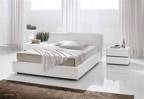 Contemporary White Bedroom Furniture  Raya Furniture