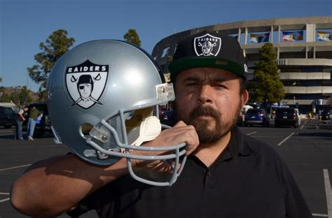 San Antonio Spurs Don't Want Oakland Raiders To