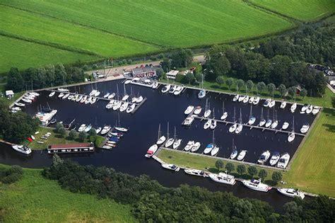 Woonboot Jirnsum Te Koop by Op Zoek Naar Een Ligplaatsen Voor Uw Boot Aan Het Sneekermeer