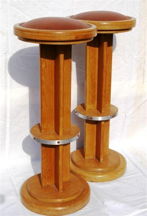 tabouret de bar en bois deco 1930 jpg chaises tabourets les luminaires