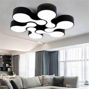 Wohnzimmer Deckenleuchte Modern : die besten 17 ideen zu deckenlampe wohnzimmer auf pinterest ~ Markanthonyermac.com Haus und Dekorationen
