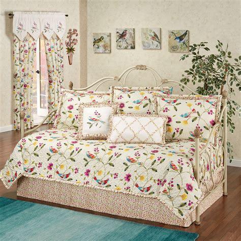 sweet tweet bird floral daybed bedding set