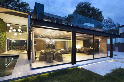 E H Home Design Ltd : Ferro E Aço Para Construção Em Florianópolis
