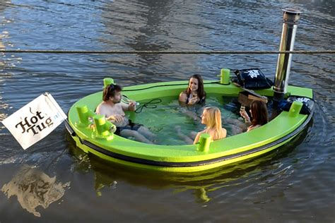 Hot Tub Boat Rental Seattle by Rent A Floating Hot Tub Down By The River Captivatist