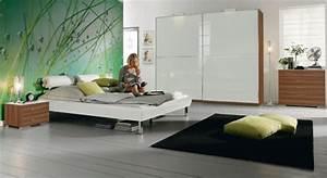 Feng Shui Farben Schlafzimmer : besser schlafen feng shui im schlafzimmer ~ Markanthonyermac.com Haus und Dekorationen