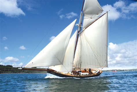 Amelie Rose Boat by Amelie Rose Oga